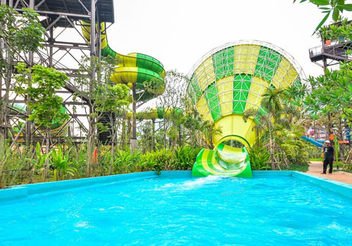 the only TUV certified water park equipment factory in China